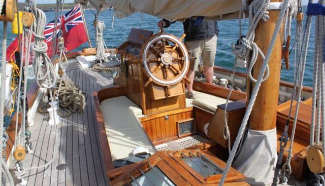 Halcyon Charter Yacht - 3