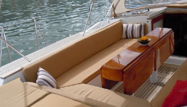 Cap II Charter Yacht - 5