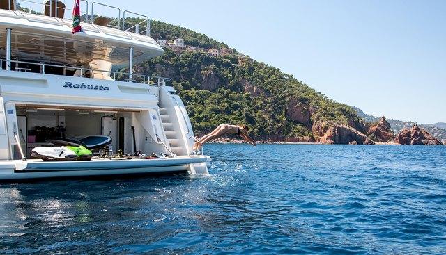 Robusto Charter Yacht - 7