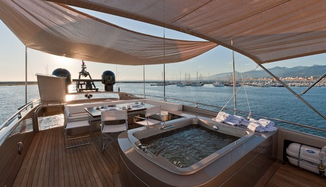 Five Waves Charter Yacht - 3