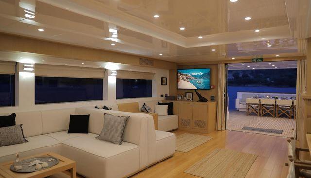 Ottawa IV Charter Yacht - 8