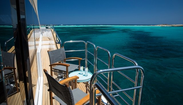 Play the Game Charter Yacht - 4