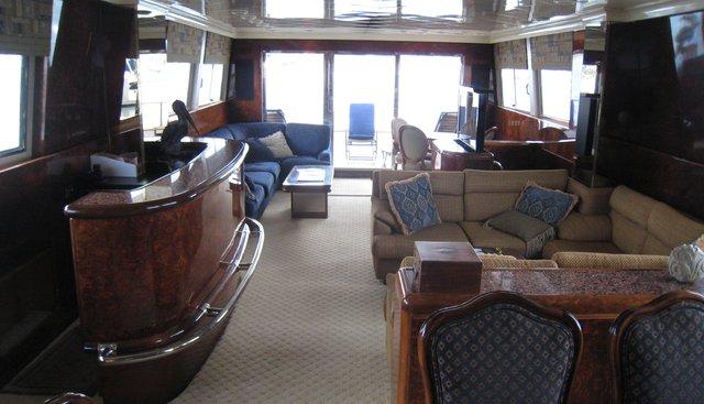 Le Canard Charter Yacht - 2