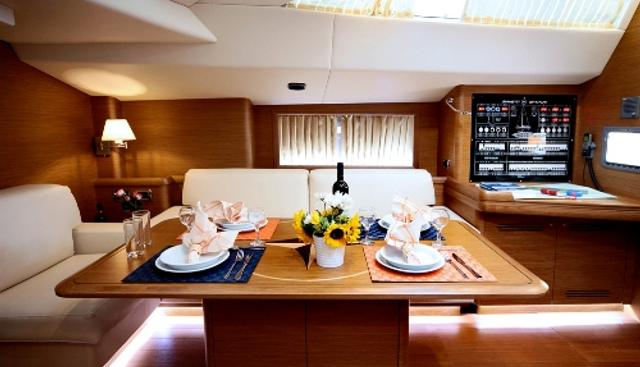 Shooting Star Charter Yacht - 5