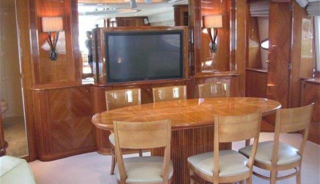 Azimut 100 Jumbo Charter Yacht - 5