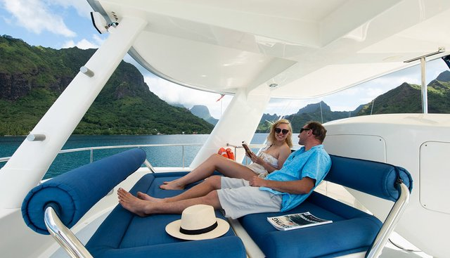 Ultimate Lady Charter Yacht - 2