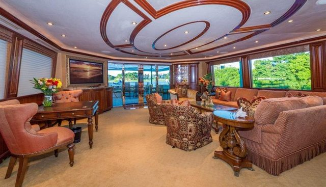 Honey Charter Yacht - 6