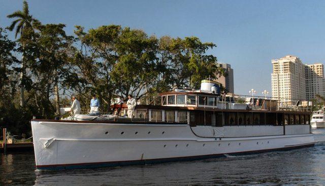 Honey Fitz Charter Yacht