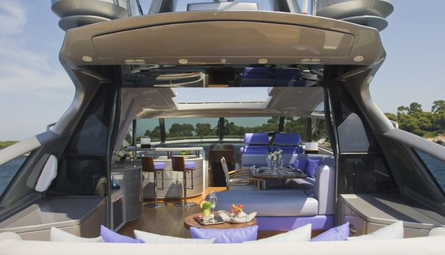 Low Blow Charter Yacht - 7