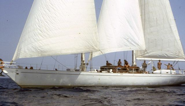 Adelie Charter Yacht