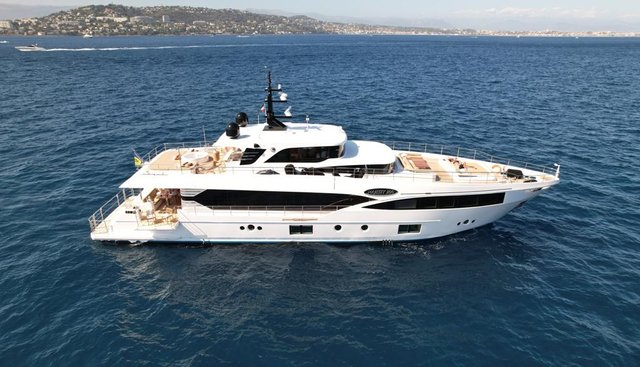 Save Your Tears Charter Yacht