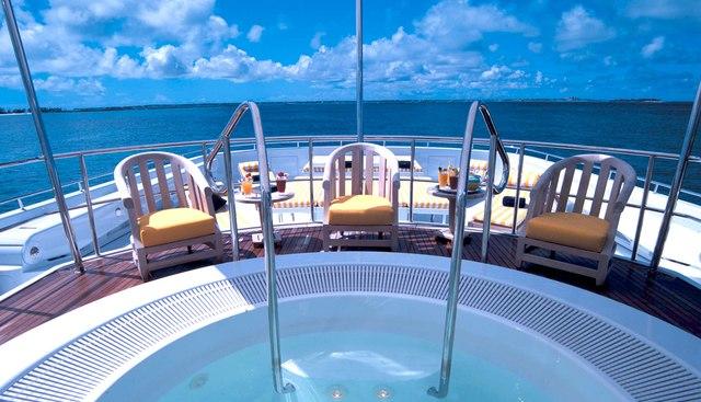 Amanti Charter Yacht - 2