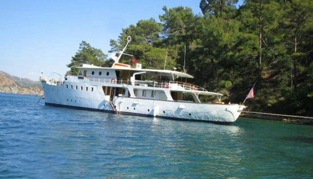 Dear B Charter Yacht - 2