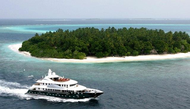 Dhaainkan'baa Charter Yacht - 3