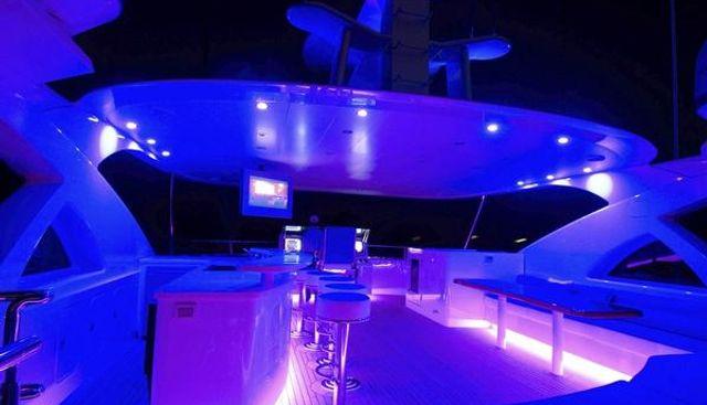 Jade 95 Charter Yacht - 2