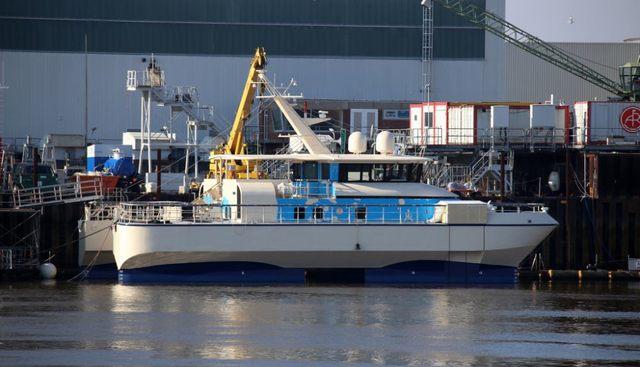 Al Makher Charter Yacht - 2