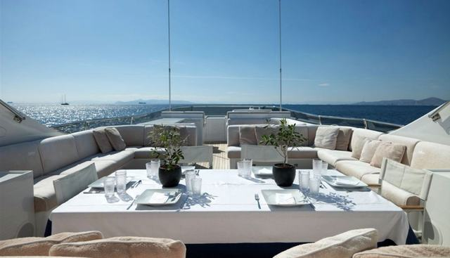 Feligo V Charter Yacht - 2