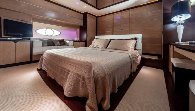 Black Magic Charter Yacht - 7