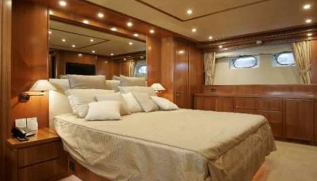 Royal Life Charter Yacht - 4
