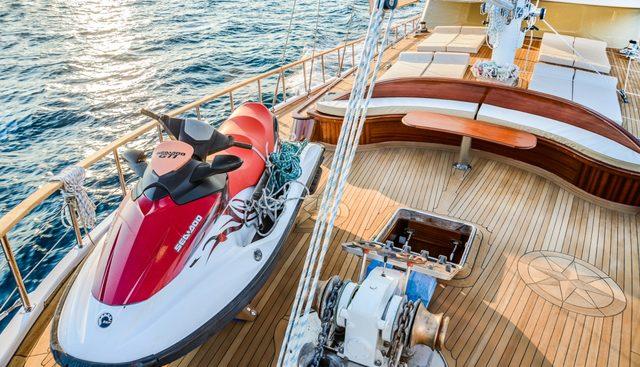 Wicked Felina Charter Yacht - 3