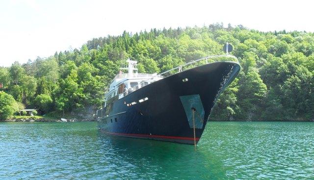 Muckel Charter Yacht - 2