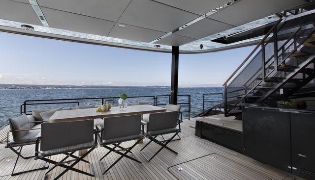 GrayOne Charter Yacht - 4