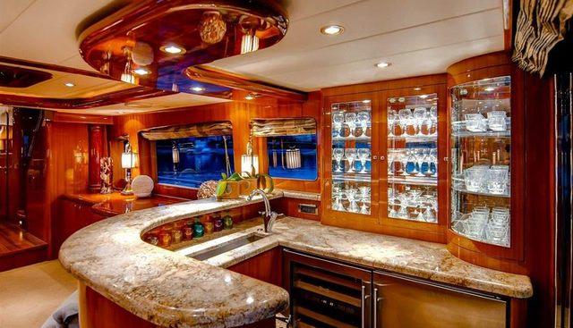 Papa's Place Charter Yacht - 5