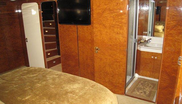 Le Canard Charter Yacht - 5