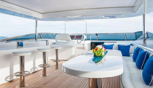 H Charter Yacht - 4