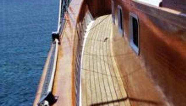 El Penor Charter Yacht - 5