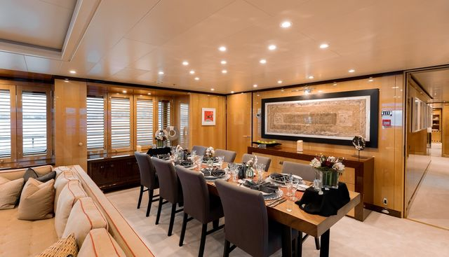 April Charter Yacht - 8