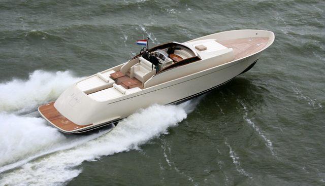 Lo Rider Charter Yacht