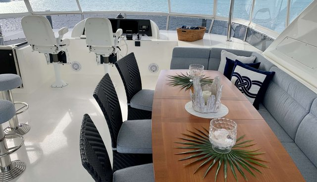 Uncorked Charter Yacht - 3