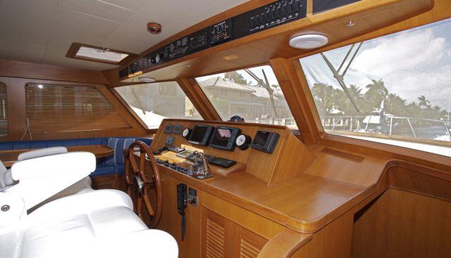 Hooligan V Charter Yacht - 3