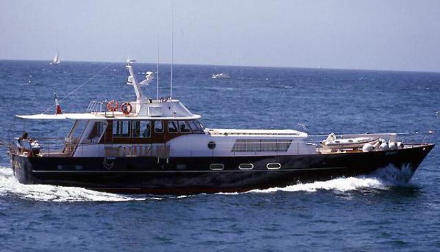 Magica Stella Charter Yacht
