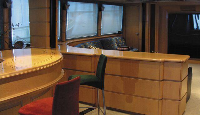 Estancia Charter Yacht - 4