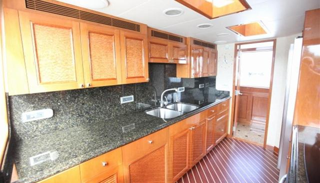 Foot Loose Charter Yacht - 4
