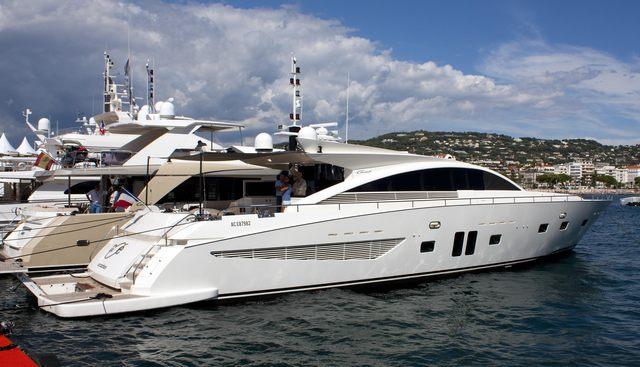 Noe Charter Yacht