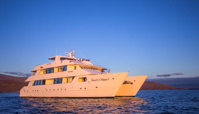 Treasure Charter Yacht - 5