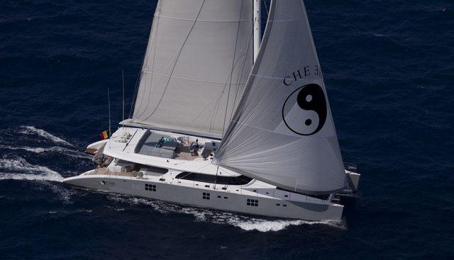 Che Charter Yacht