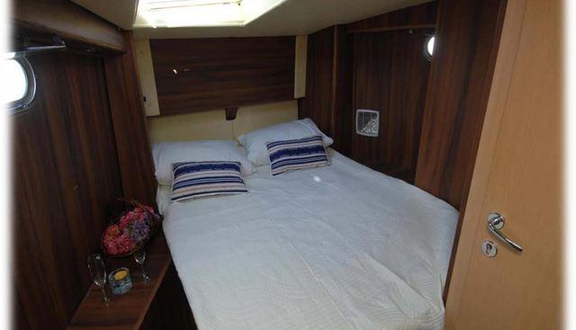 Lola II Charter Yacht - 4