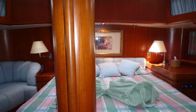 Catalyst Charter Yacht - 4
