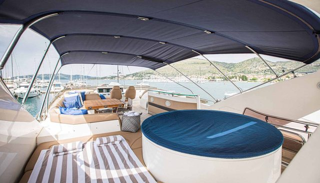 Insieme Charter Yacht - 3
