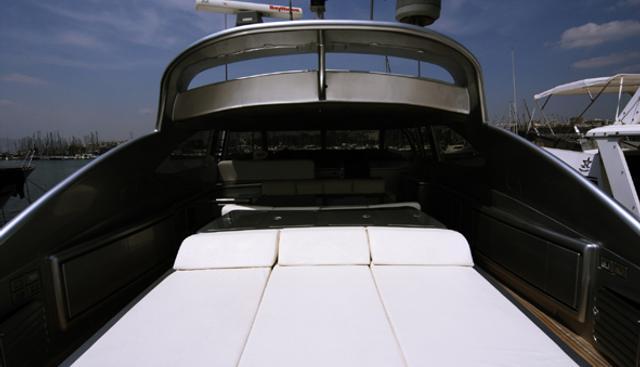 Oceanis Charter Yacht - 3