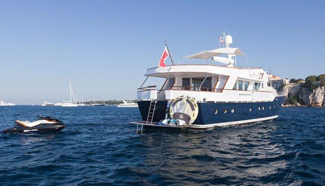 Dune Charter Yacht - 4