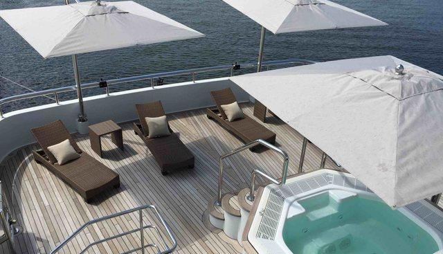 Jade 959 Charter Yacht - 4