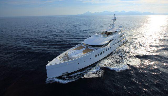Madame Kate Charter Yacht - 2