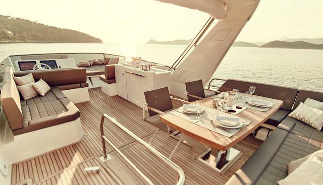 Moet Charter Yacht - 4