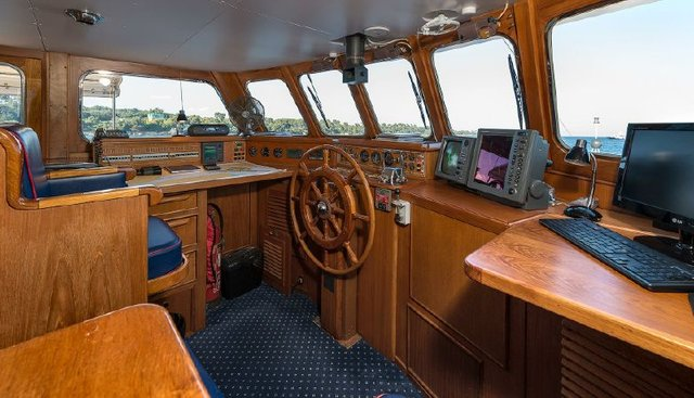 Five Angels Charter Yacht - 7