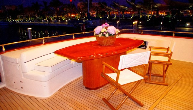 Lady R Charter Yacht - 4